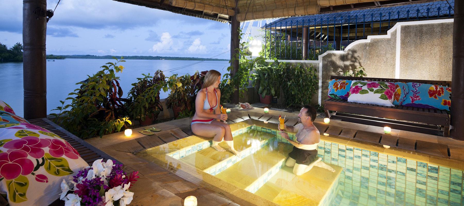 manta ray bay resort pool